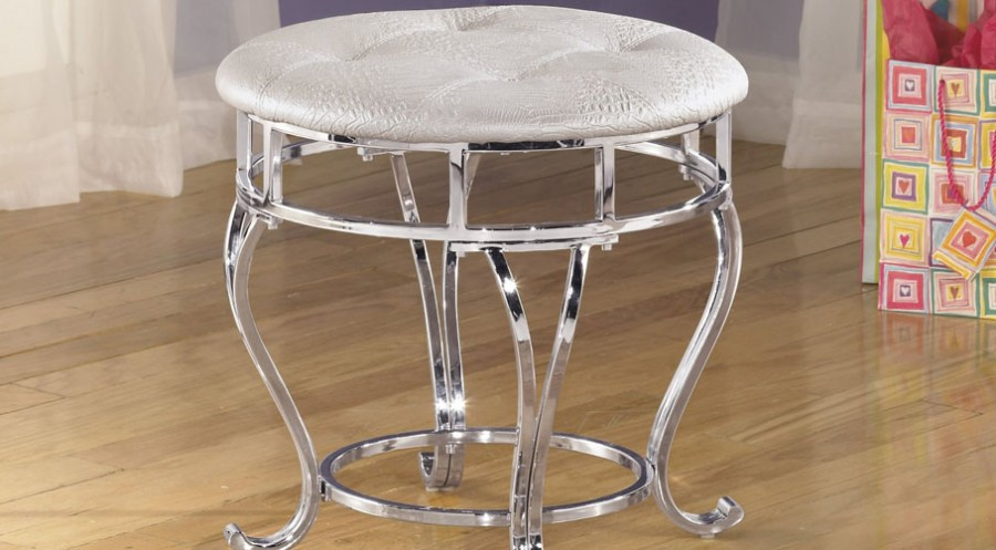 Signature Design by Ashley Zarollina Upholstered Stool